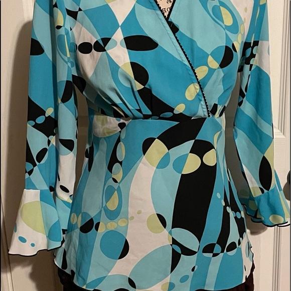 Women's dressy vneck polka dot blouse